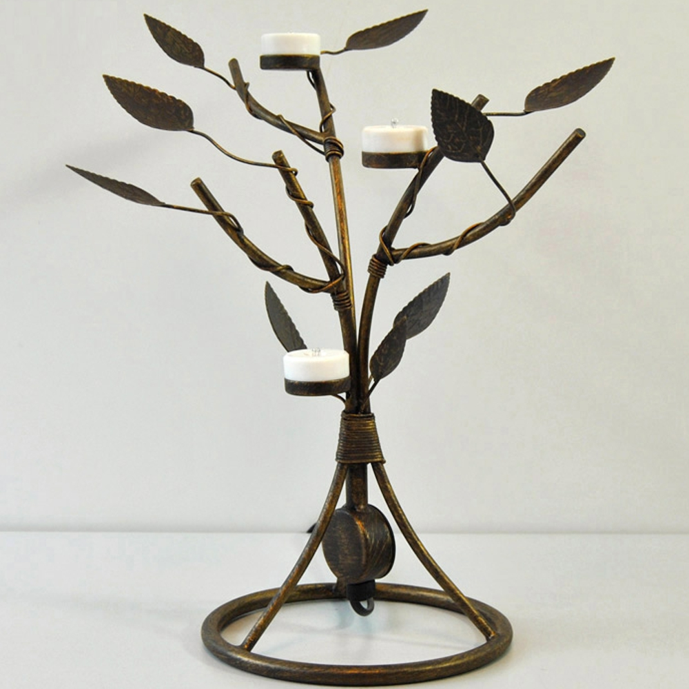 Lampade da tavolo di ottone anticato portacandele - Portacandele da tavolo ...