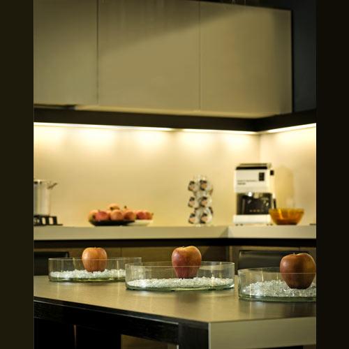 Meuble de cuisine avec luminaire lampe encastr e sous armoire - Lampe cuisine sous meuble ...