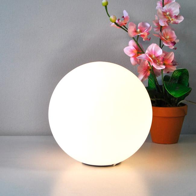 tischleuchte luxus tischlampe glaskugel 25cm nachttischlampe nachttischleuchte ebay. Black Bedroom Furniture Sets. Home Design Ideas