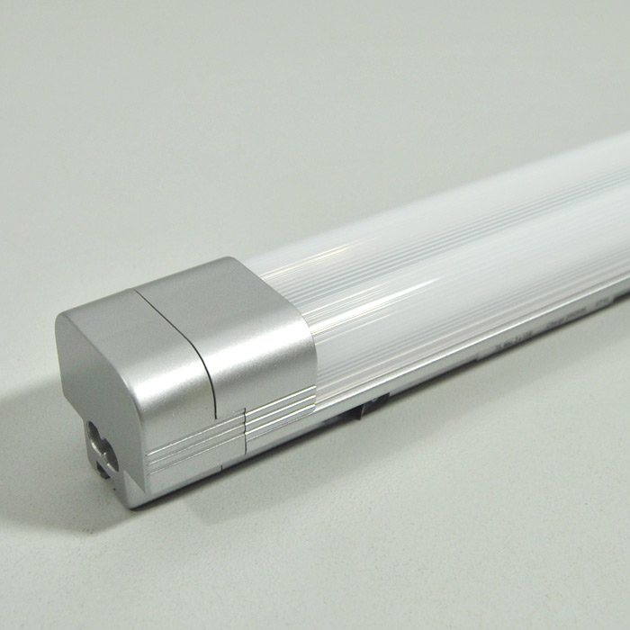 Led barra luminosa lampada per sottopensile 40cm cucina armadio strisce bordo ebay - Barra led bagno ...